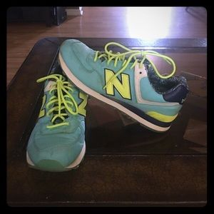 Women's New Balance shoes size 9